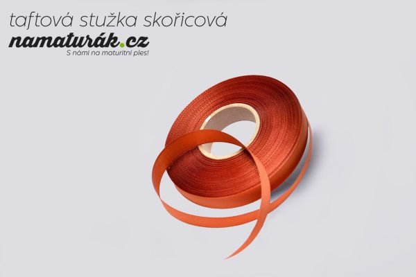 stuzky_taftova_skoricova