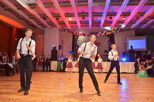 maturitní ples (18)