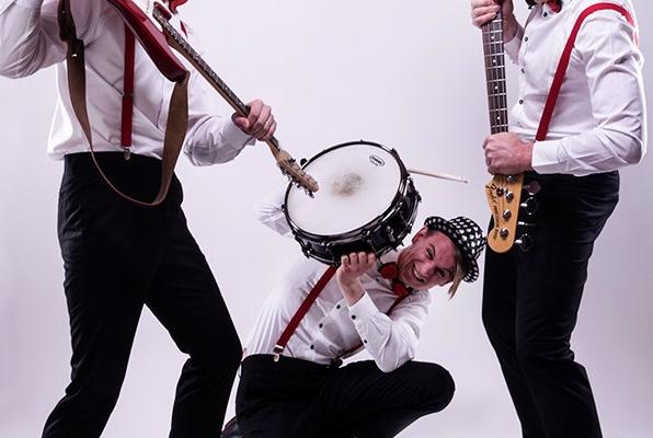Aura trio kapela